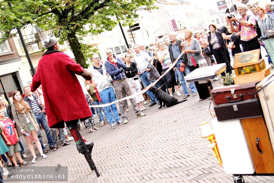 2014-07-11 Theater Gajes - De Parasols (Deventer Op Stelten) 002